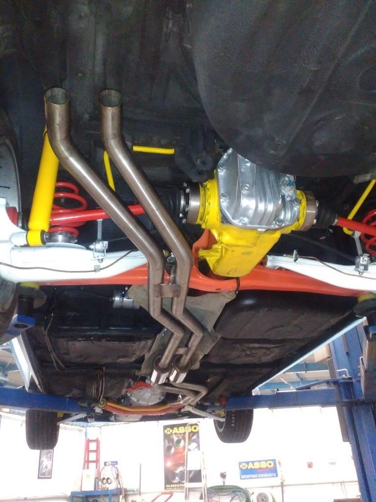BMW 2,5 V6 střed celonerez
