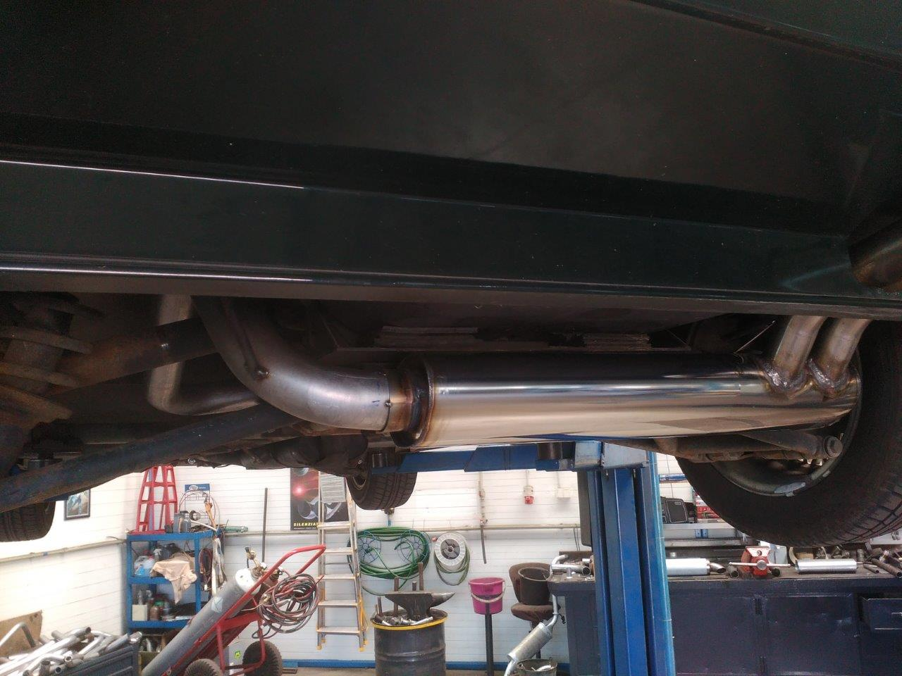 oprava středního dílu a výroba zadního dílu včetně přívodní trubky