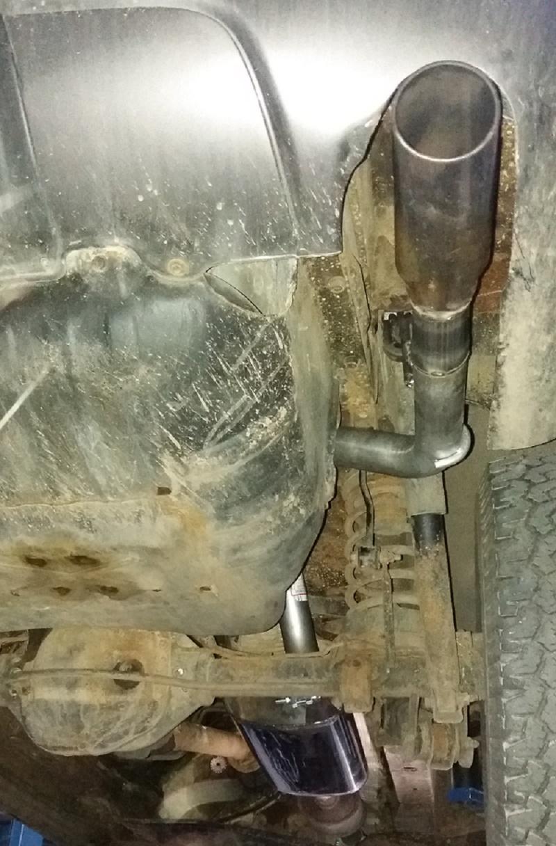 jeep cherokee - sportovní výfuk+ koncovka
