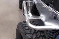 Jeep wrangler - zakázková výroba kostry blatníku z trubky 40x 1,5 - nerez